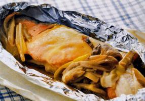 鮭と舞茸のホイル焼き